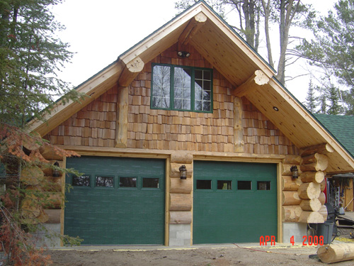 Heim log homes exterior gallery for Log home addition